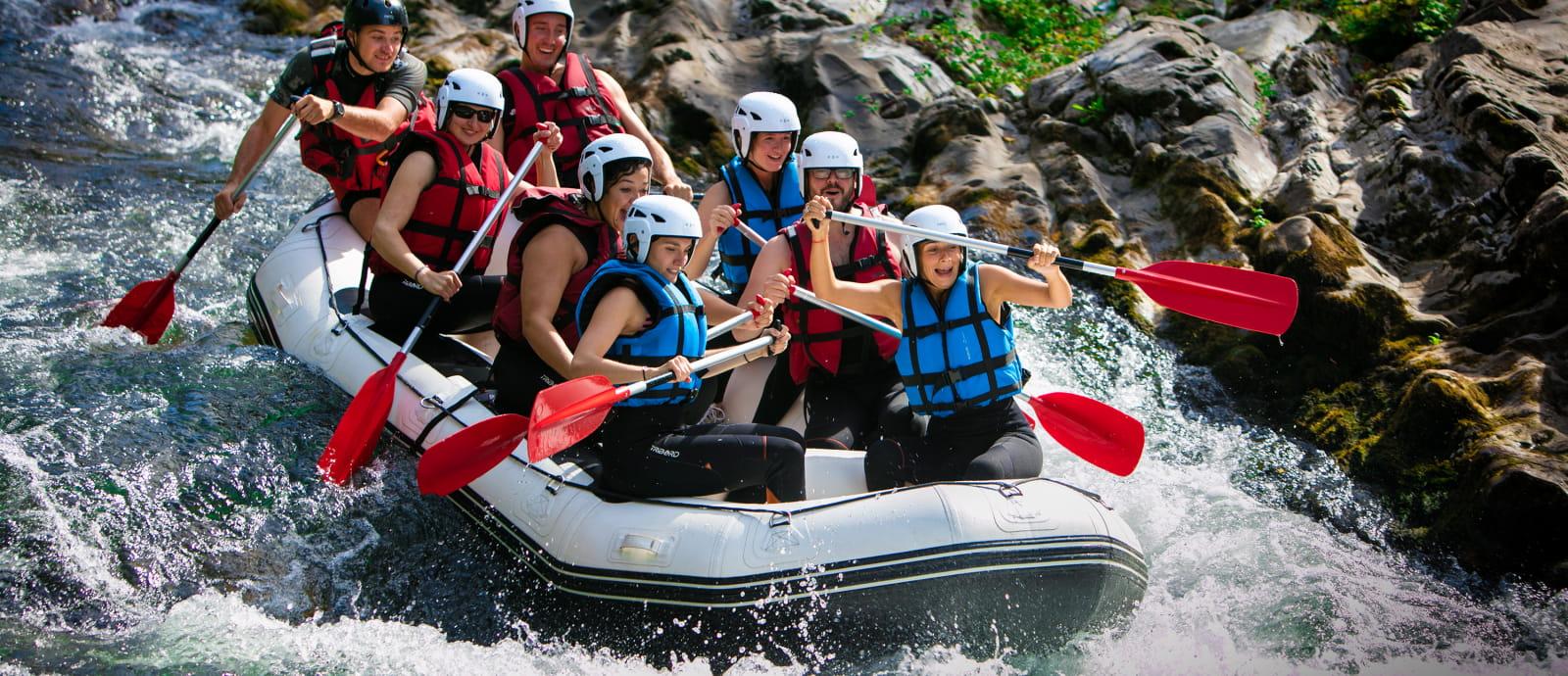 descente rafting sur la nive - embarcation de huit personnes - bidarray