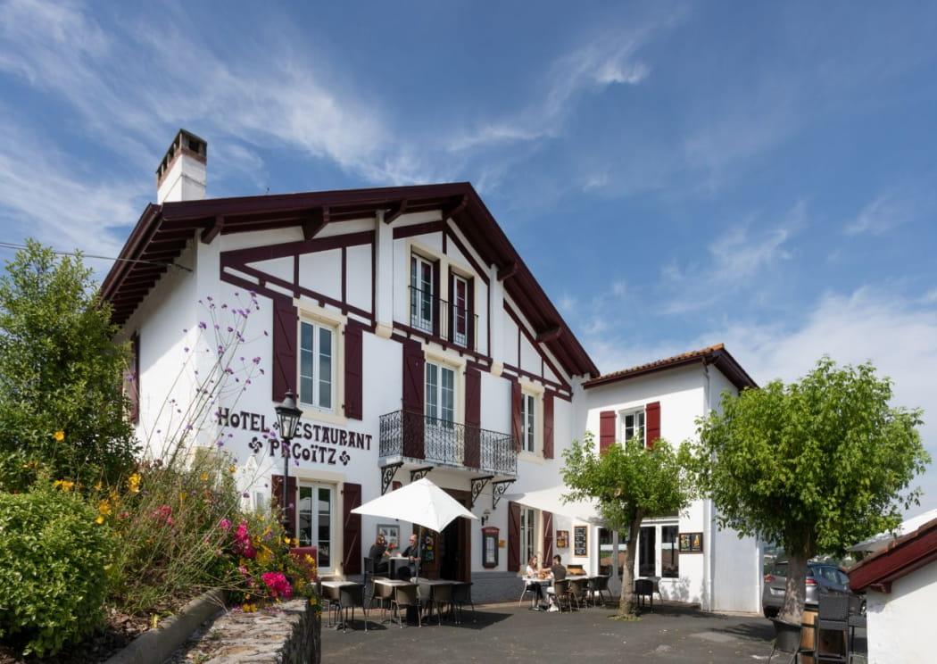 Facade---Hotel-restaurant-Pecoitz